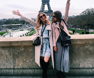 girls and paris image