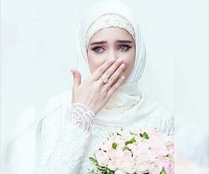 blue eyes, bride, and islam image