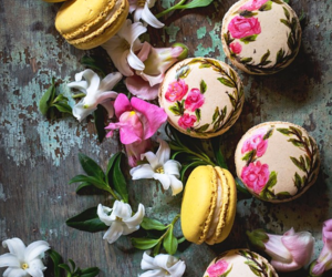 food, dessert, and ‎macarons image