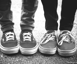 black and white, vans, and zapatillas image