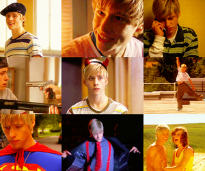 maxxie, skins, and mitch hewer image