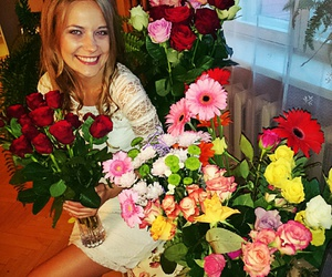 flowers, roses, and smile image