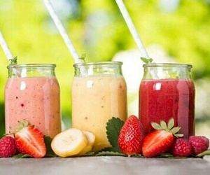smoothie, strawberry, and fruit image