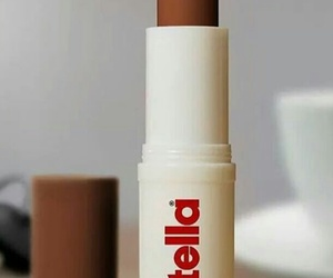 nutella and lipstick image