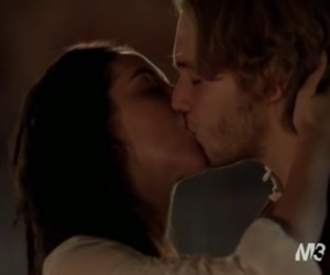 couple, kiss, and reign image