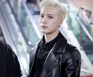 asian boy, fashion, and hair image