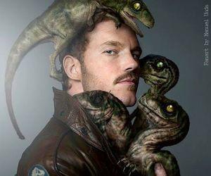 chris pratt, jurassic world, and dinosaur image