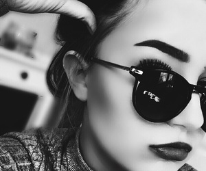 b&w, contour, and eyebrows image