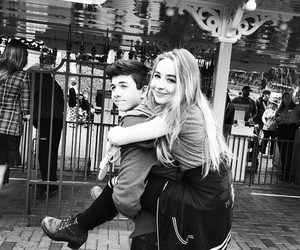 sabrina carpenter and couple image