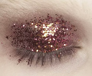 eyeshadow, grunge, and glitter image