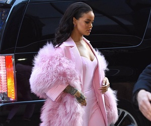 rihanna, pink, and fashion image