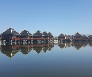 myanmar, inle lake, and floating houses image