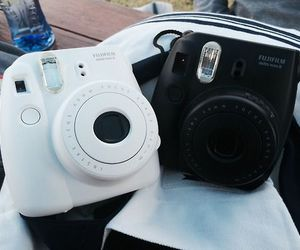 camera, polaroid, and black image