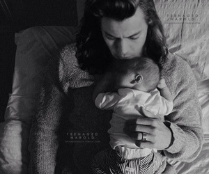 Harry Styles, baby, and louis tomlinson image