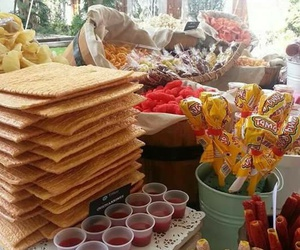mesa de dulces image