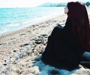 hijab, summer, and muslimgirl image