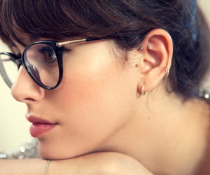 glasses and blanca suarez image