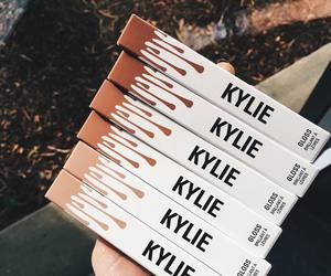 kylie, makeup, and kylie jenner image