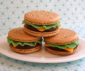 hamburgers, yum, and cheeseburger macaroons image