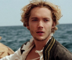 reign, toby regbo, and icon image