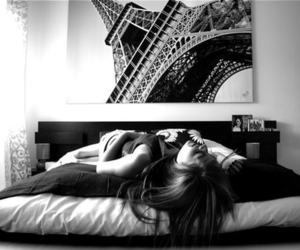 girl, paris, and bed image