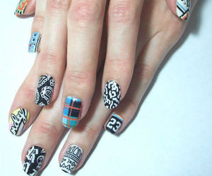 beauty, blogger, and manicure image