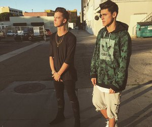jack gilinsky, taylor caniff, and magcon image