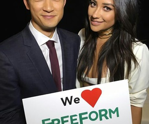 shay mitchell, harry shum jr, and pll image