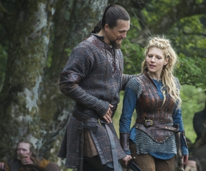 bjorn, shieldmaiden, and lagertha image