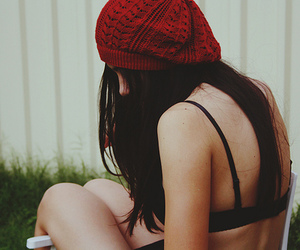 hat, pretty girl, and hipster fashion image