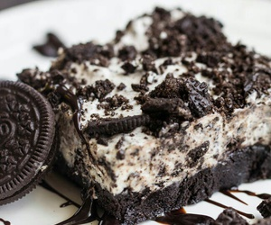 food, oreo, and dessert image