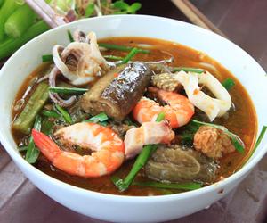 noodles, seafood, and shrimp image