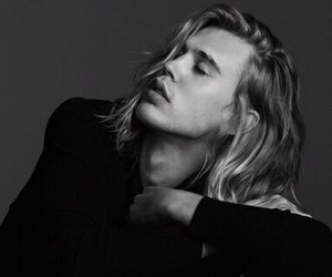 austin butler, black and white, and black image