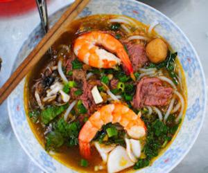beef, noodles, and shrimp image