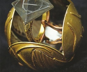 harry potter, golden snitch, and snitch image