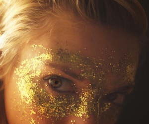 blonde, photograph, and sparkles image