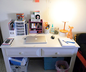 desk and school image