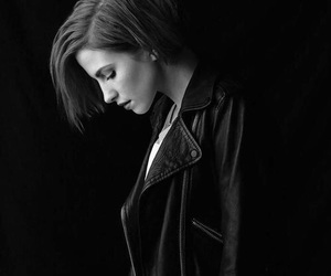 paramore, hayley williams, and black and white image