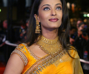 bollywood, fashion, and aishwarya rai image