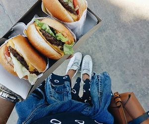 food, burger, and tumblr image