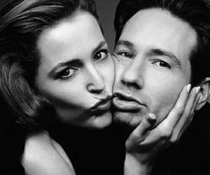 david duchovny, gillian anderson, and the x files image
