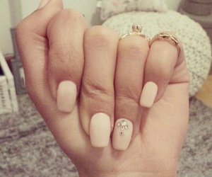 bailarinas, nails, and rings image