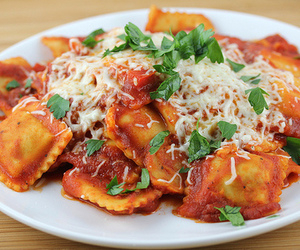 food and ravioli image