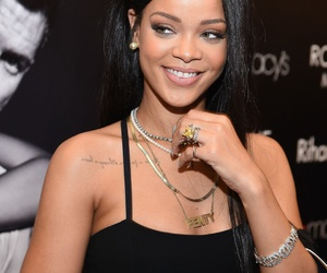 diamond choker necklace, rihanna, and gold necklaces image