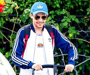 louis tomlinson, blue, and louis image