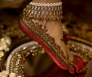 henna, india, and gold image
