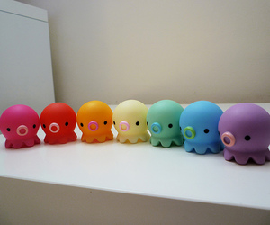 octopus and rainbow image
