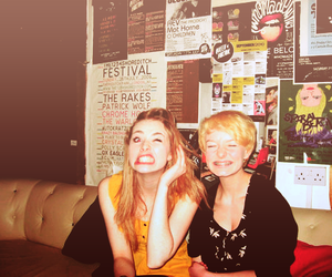 dakota blue richards, skins, and freya mavor image