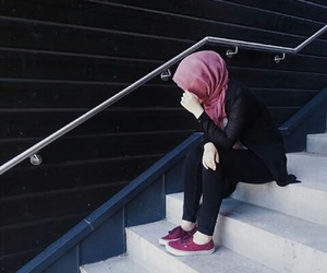 hijab, outfit, and shy image