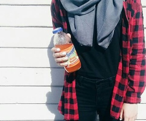hijab, outfit, and muslima image